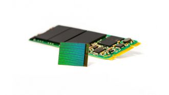 3D NAND Die with M2 SSD web