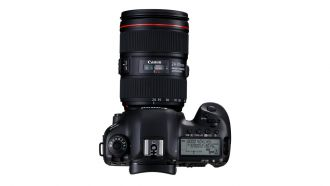Canon EOS-5D-Mark-IV-TOP-w-EF-24-105mm