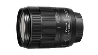 canon EF-S-18-135mm-f3.5-5.6-IS-USM web