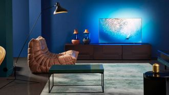 philips OLED805 Lifestyle web